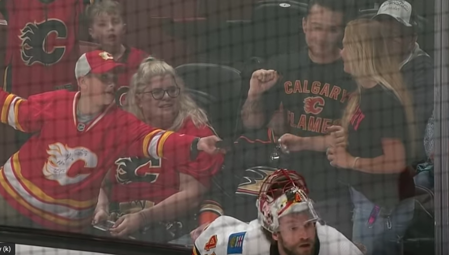 This Young Hockey Fan Definitely Just Stole Another Fan's Girl