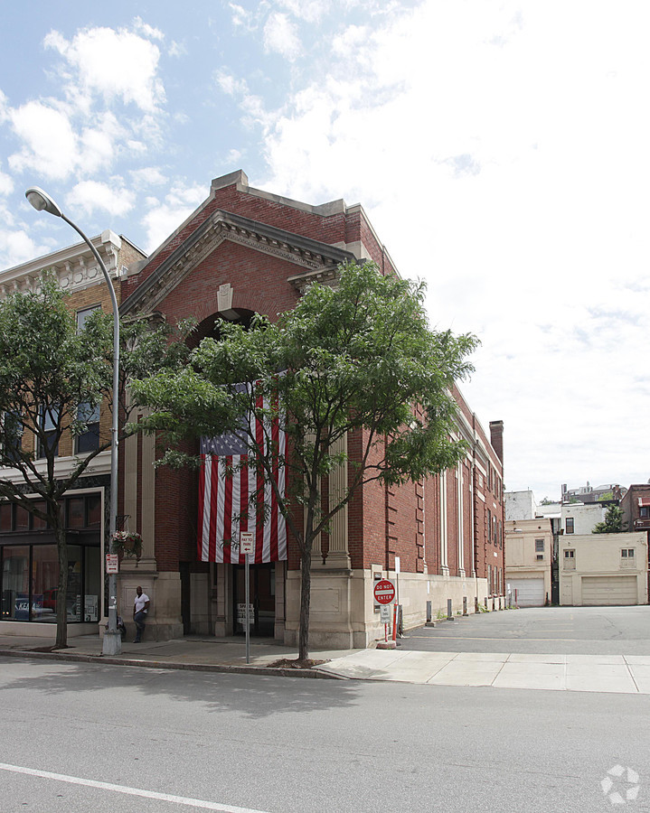 The 2BD Squad's Recommendations for Troy's Union National Bank