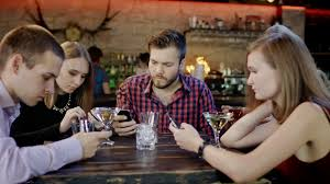 This New Stupid App Lets You to Buy Drinks at The Bar For Your Friends